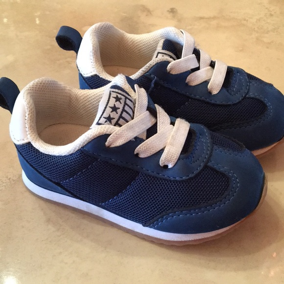 66283dace3a4c Baby boy sneakers